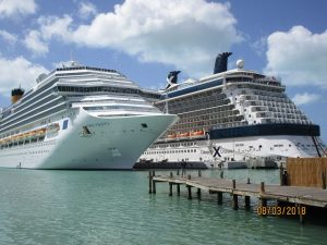 Costa Pacifica und Celebrity Eclipse in St. John´s, Antigua